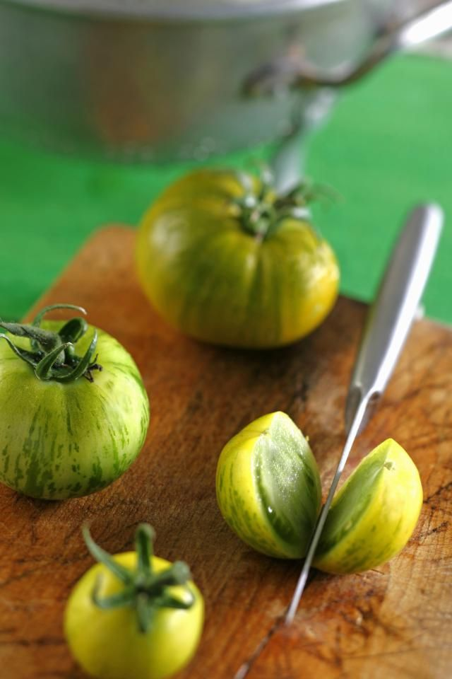 Homemade green tomato ketchup is a great way to use up those fresh green…