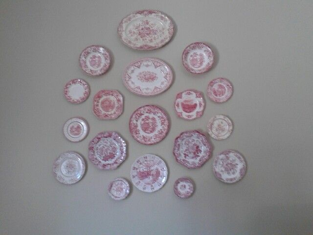 Pink dishes/display