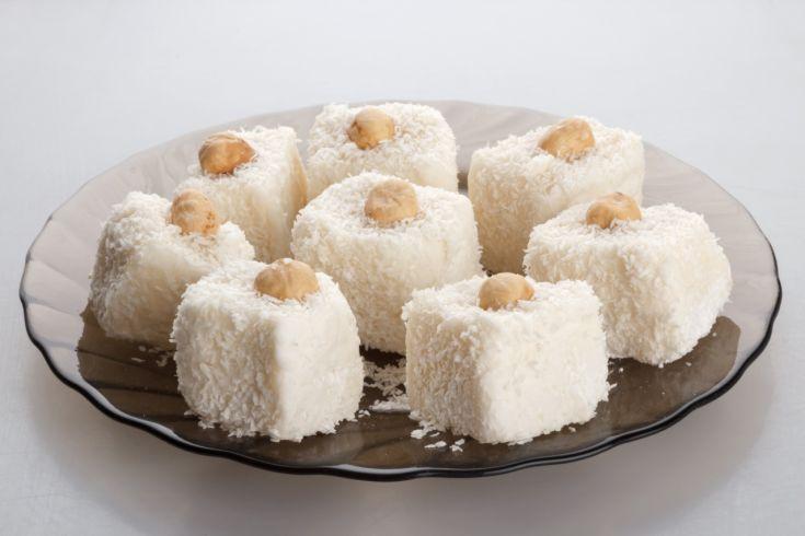 Luxusné kokosové ježe v bielej poleve