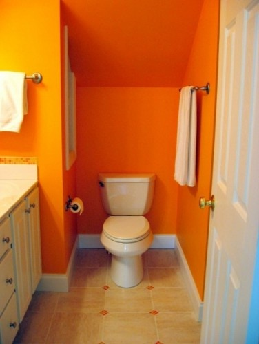 I Hate The Decoration Of This Bathroom And Colours But Love The Layout For Understairs Bathroom