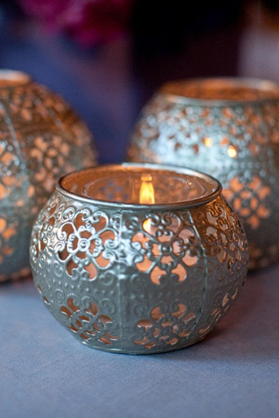 Light up the room with luminaries.