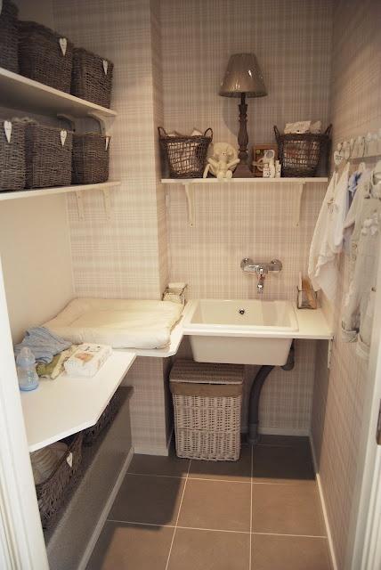 Kodinhoitohuoneesta vauvanhoitohuoneeksi