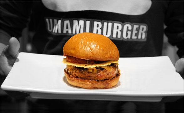 @Umami Burger is a great lunch option in Downtown LA with options for everyone - from a cheese burger with onion straws and bacon to a turkey burger with guacamole and sprouts. #bacon #burger