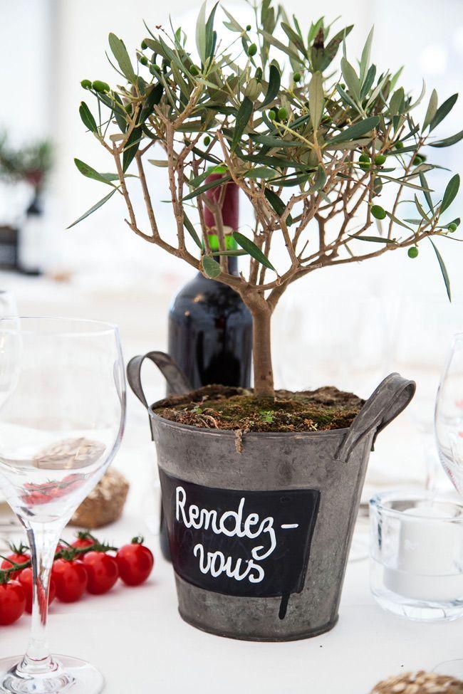 124 best mariage id e autour de l 39 olivier images on pinterest marriag - Idee centre de table mariage ...