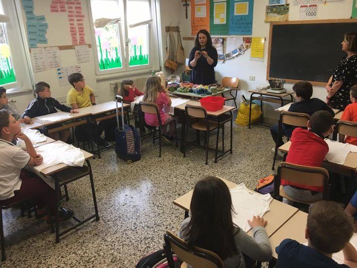 24/5/2017. Scuolartigiana. Lezione su tintura naturale con Daniela Panariello