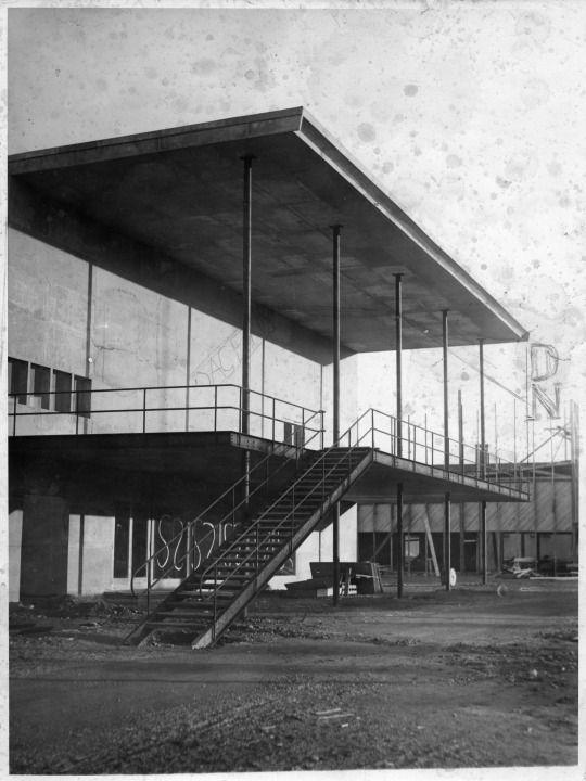 Stockholm exhibition 1930 architect gunnar asplund for Architecture 1930