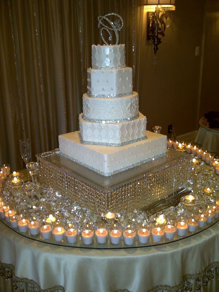 25+ best ideas about Bling wedding cakes on Pinterest ...