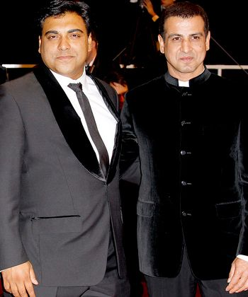 Ram Kapoor and Ronit Roy flaunt off their dostana!