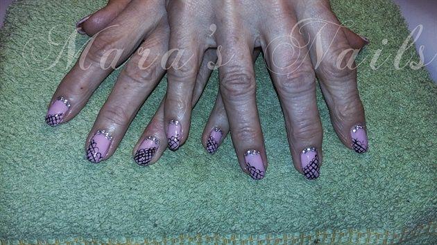 Mara's Nails by jplgat - Nail Art Gallery nailartgallery.nailsmag.com by Nails Magazine www.nailsmag.com #nailart
