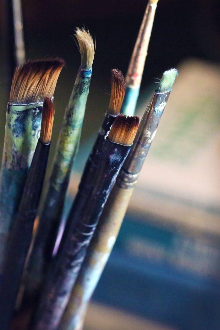 Pinceles y brochas de artista.
