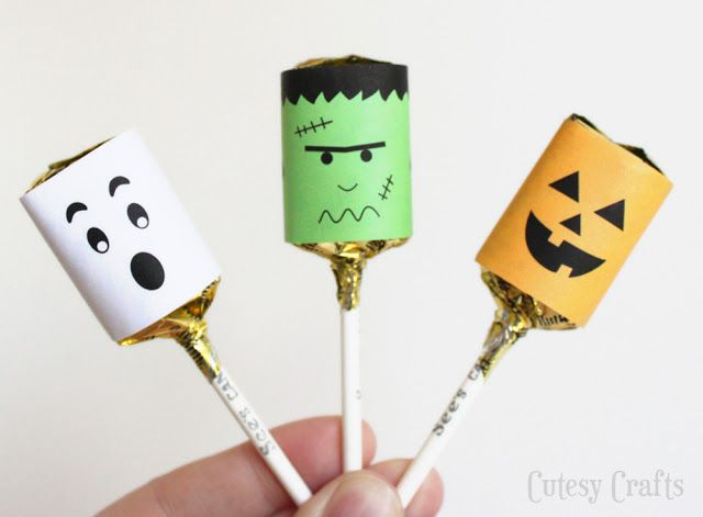 Cute Halloween party idea: Wrap lollipops in these free printable Halloween wrappers.