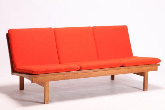 Model 2218 sofa Borge Mogensen モーエンセン ソファ フレデリシア | Swanky Systems