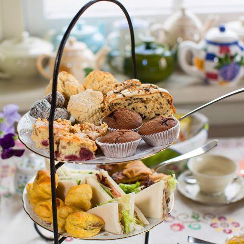 Wilt u ook eens genieten van een  high tea?  Kom naar de Sfeerstal in Nieuwveen, midden in het Groene Hart,. Alles wordt huisgemaakt!