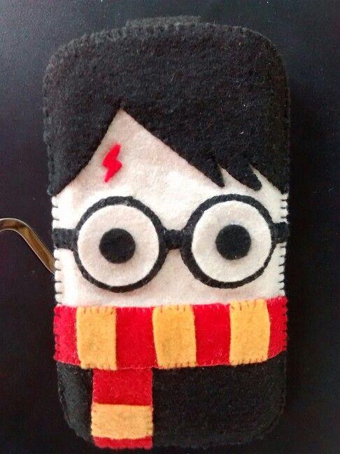 Capinha de feltro para celular - Harry Potter