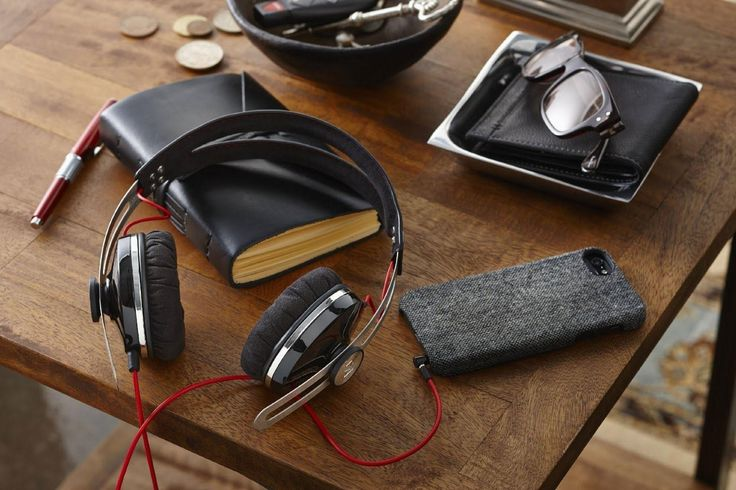 Revel in superb sound with the 10 best headphones under $100(8-13-15)