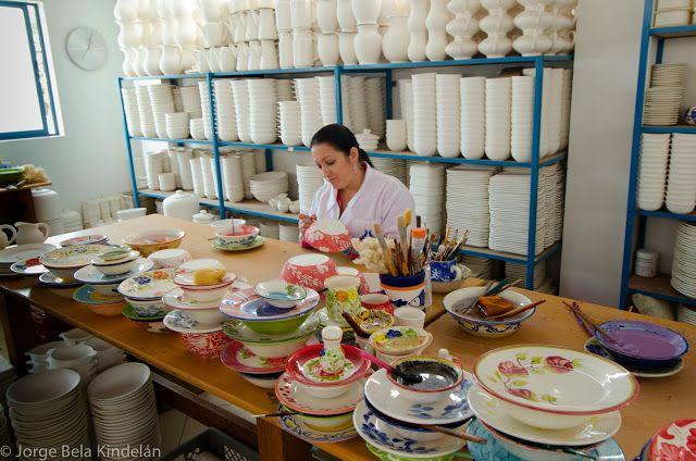 Carmen del Viboral: historia de dos hornos | Que pena con Usted Ceramica el Recuerdo