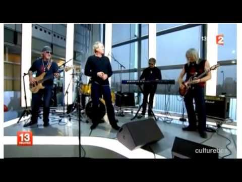 a jazz cover from -smoke on the water- by Deep Purple himself ! a show taken from a french TV news !