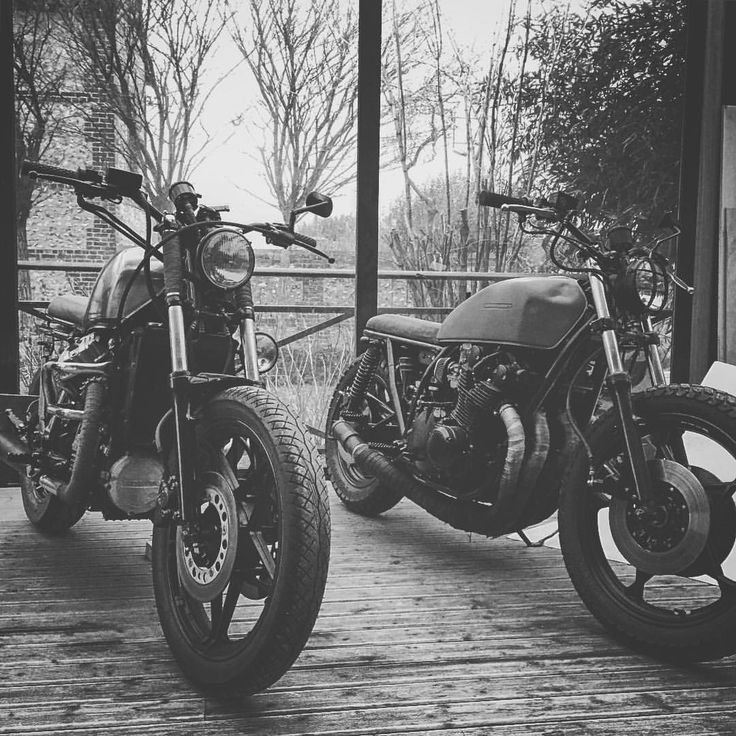 Vintage classic by  #silvaticus_custom  Honda GL650 / Suzuki Gs1000   #silvaticus_custom  #custom  #caferacer  #caferacersofinstagram  #cx500  #picture  #blackandwhite  #classic  #suzuki  #honda  #motorbike  #motorcycle  #motorcycles