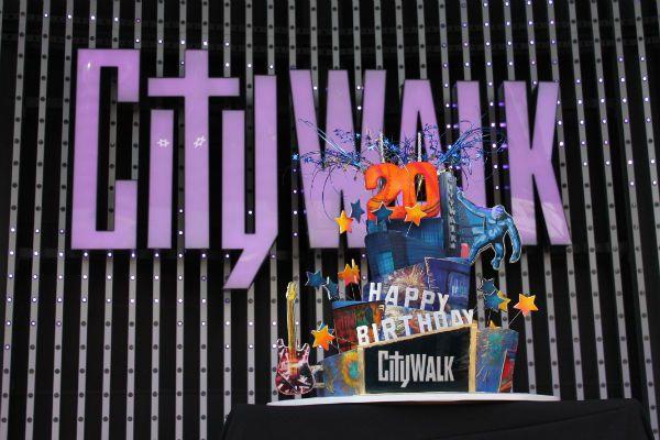 Universal City Walk Turns 20 Years Old!