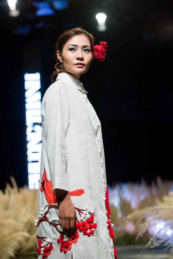 Vietnam Fashion Week FW17 - Ready To Wear.        Designer: Phuong Thanh   Photo: Le Chi Linh