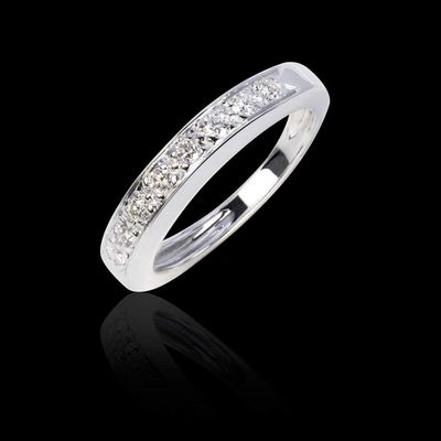 Alliance Deliciae en or blanc 18K #alliance #mariage #deliciae #OrBlanc #bijoux #surmesure #luxe #joaillerie #jaubalet