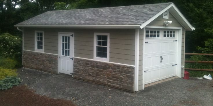 103 best images about house idea 39 s on pinterest lumber for Stone garage designs