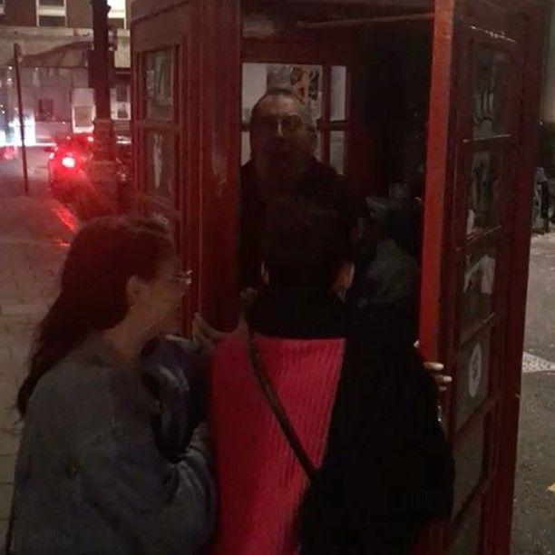 "6,208 Gostos, 90 Comentários - Kenny Ortega (@kennyortegablog) no Instagram: ""Having a great night in London Town with @sofiacarson #Booboostewart and @fivel_stew…"""