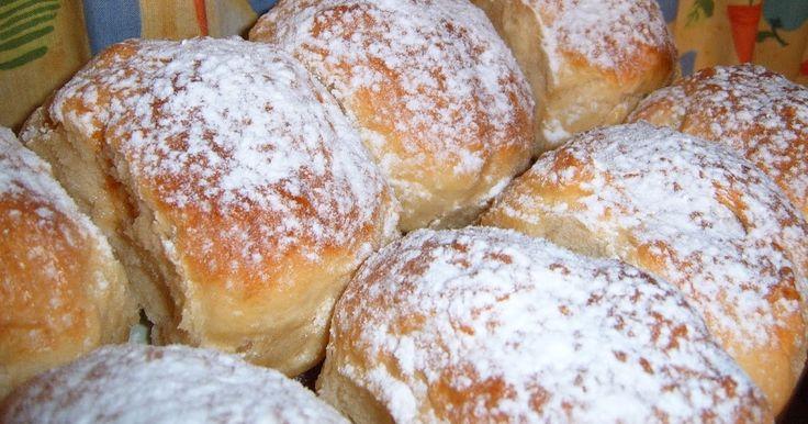 """Hűtőben kelt csodatészta. A hagyományos foszlós francia péksütemény receptemben  Tiffanylda írta, hogy """"hallottam olyat, hogy kelt tésztát le lehet fagyaszta..."""