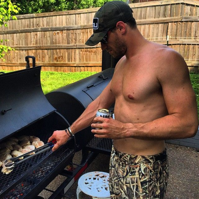 Chase Rice drinking beer & grilling Chicken--15 Sexy Chase Rice Pictures For All The Single Ladies On Valentine's Day