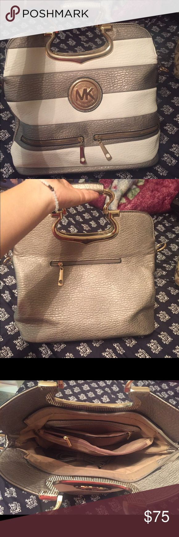 Mk bag price reflects authenticity 💕 Pre loved mk bag comes with add on straps let me know if you need any more pictures :) ty Michael Kors Bags Totes