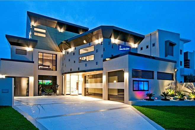 Million Dollar Waterfront Homes |