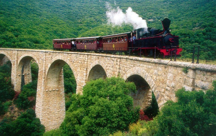 famous train moutzouris in Pilion Greece http://www.house2book.com/