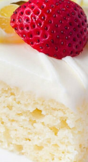 Lemon Cake with Lemon Cream Cheese Frosting