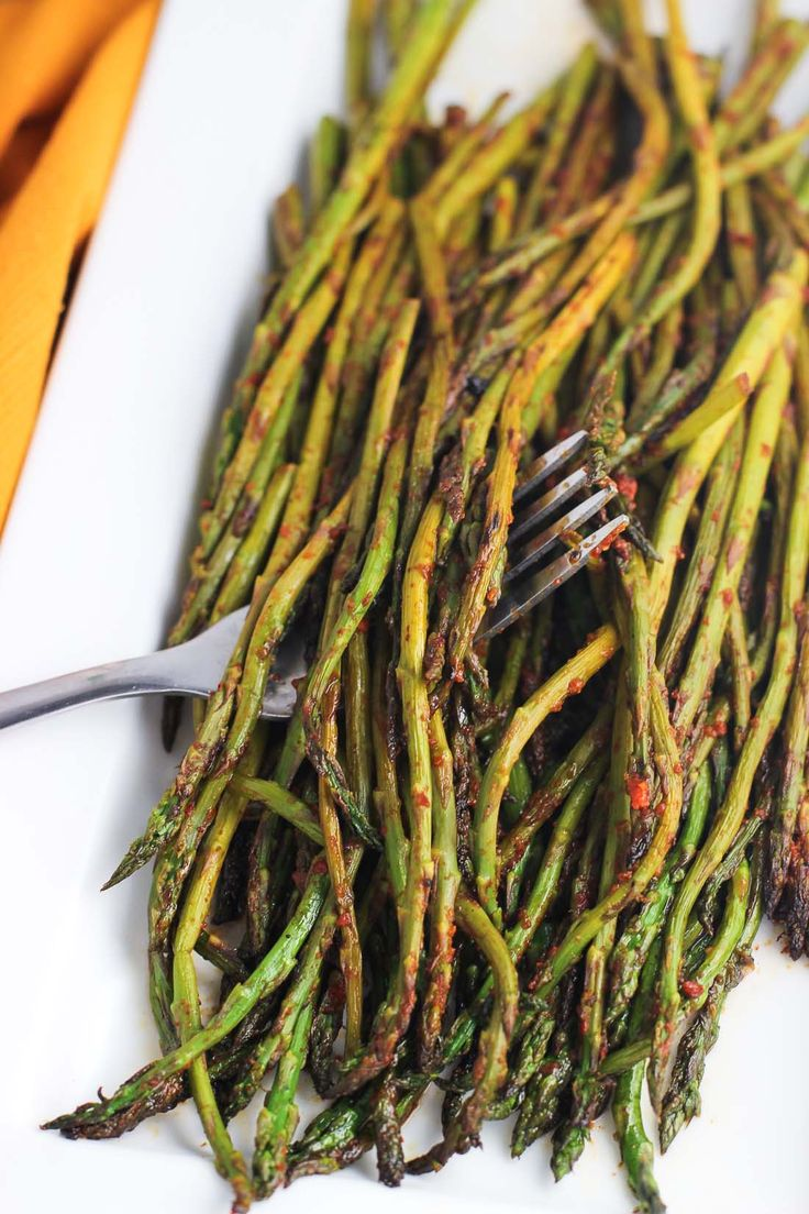 Spicy stovetop asparagus is an easy, flavorful, and healthy side dish recipe!