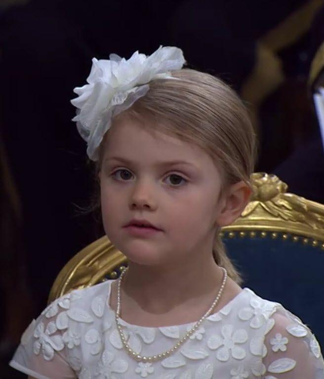 La dolcissima Principessa Estelle Silvia Ewa Mary di Svezia, 27 maggio 2016