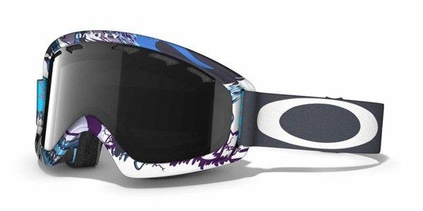 OAKLEY O2 XS  Mountain Monster Turquoise Dark Grey női síszemüveg. Rugalmas O Matter™ keret, ami tökéletesen illeszkedik az arcodhoz. Mindennapos használat esetén is kényelmes, a 3 rétegű nedvesség elvezető habrétegnek köszönhetően. OLVASS TOVÁBB!