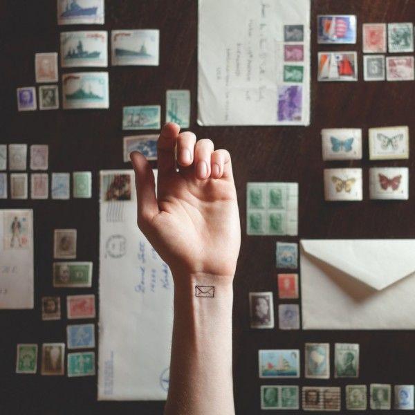 17 Tatuajes minimalistas con los que te verías increíblemente bien. ¡Fotos! ⋮ Es la moda