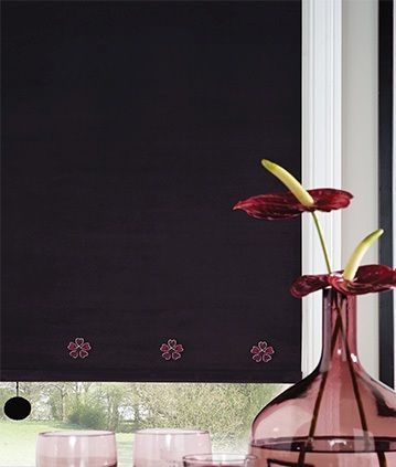 Bet you can't guess what we are looking at this week? Purple Roller Blinds! It did occur to us that our range is so vast we needed to become much more specific with what we highlight for you, and hopefully this will help you to find, quickly and easily exactly what you are looking for! Don't forget we have many more styles, patterns, colours and fabrics available, which can be viewed during a 'no obligation' home visit. http://www.martinsblindsandawnings.co.uk/purple-roller-blinds/