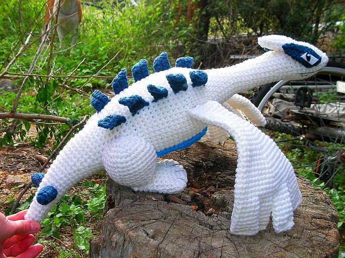 Ok y'all. Here he is. Lugia.  I'm sorry that my pics are always crummy, but hey, I'm not a photographer LOL and I'm stuck with reall...