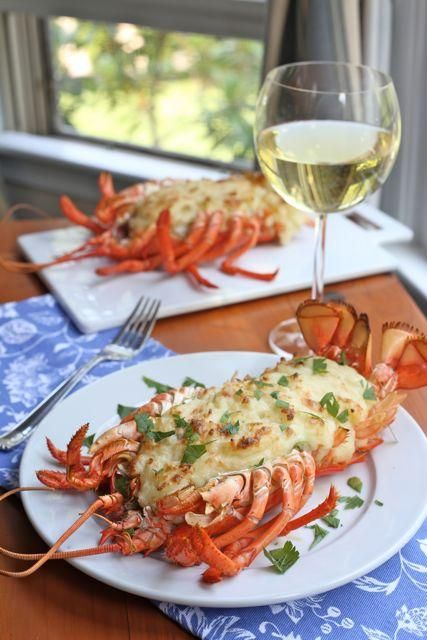 Seafood Recipes : Lobster Au Gratin http://abeautifulbite.com/lobster-au-gratin/
