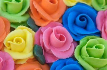 Cake Decorating Icing Roses : Roses made from buttercream frosting Cakes to Admire ...