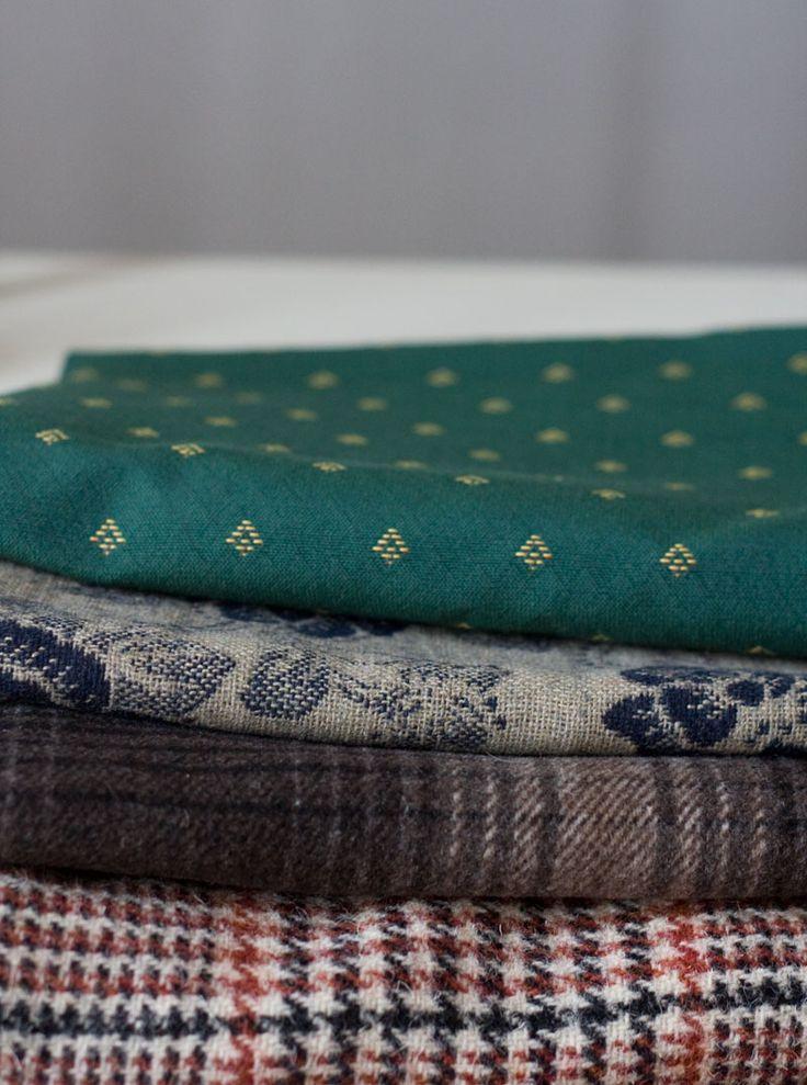 Grube tkaniny z wełny na zimowe torebki...  #wool #winter_fashion #winter_bag #grey #green #navy #check #pattern