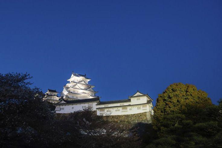 Himeji kasteel© iStockphoto  Een van de best bewaard gebleven voorbeelden van de 17e-eeuwse Japanse architectuur. Het is in al die eeuwen nooit beschadigd door natuurrampen of oorlogsgeweld. Tijdens de lente wordt er rondom het kasteel een Cherry Blossom Festival georganiseerd.