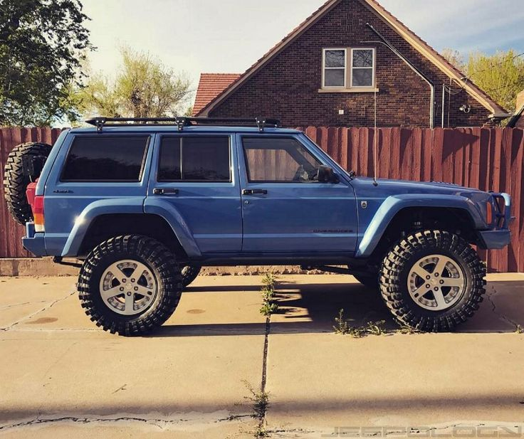 The 25 Best Blue Jeep Ideas On Pinterest: 25+ Best Ideas About Jeep Xj On Pinterest