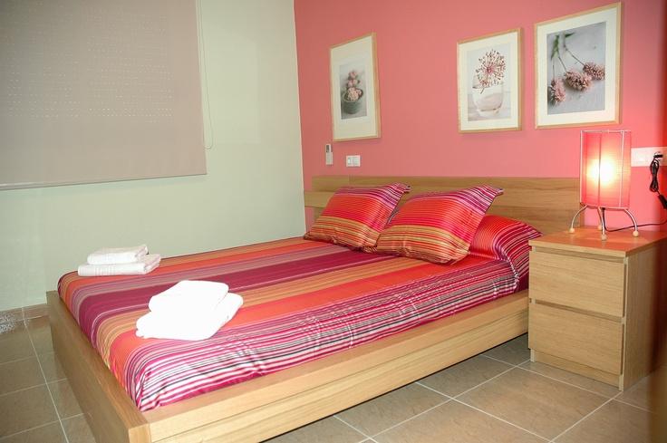 #Turismo rural #casa para parejas , dormitorio principal , casa Nuri de Rei la Pobla Tornesa Castellón