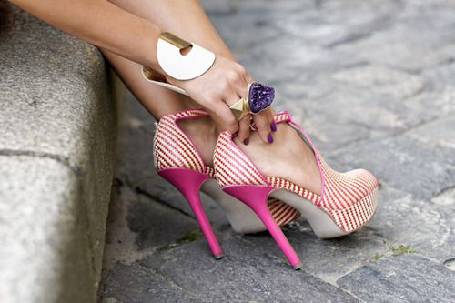 Two-tone woven stilettos.: Fashion Shoes, Style, Pink Heels, High Heels, Shoe Whore, Shoes Shoes, Bags