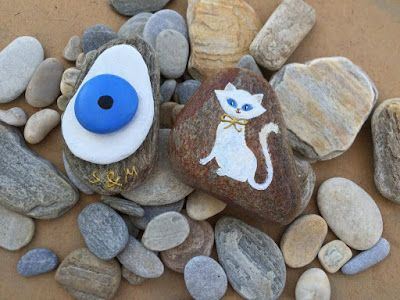 Durma Yarat: Taş boyama   Oda dekorasyonu Nazar boncuğu ve kedi