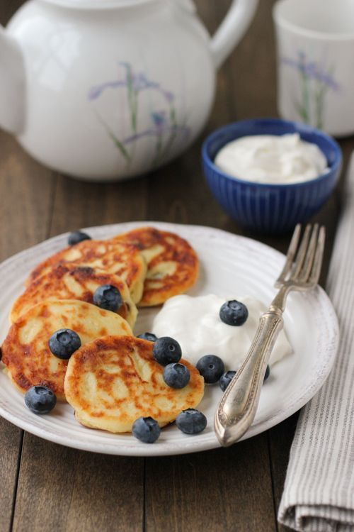 Sirniki (Russian Farmer's Cheese Pancakes)-1-2