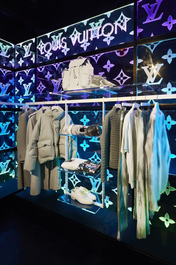 37e9049b4d10 Louis Vuitton Virgil Abloh debuts collection at Wizard of Oz London ...