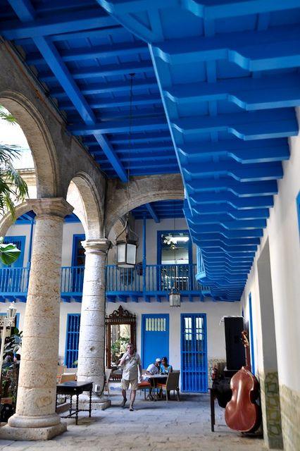 Artesonado azul , La Habana, Cuba: